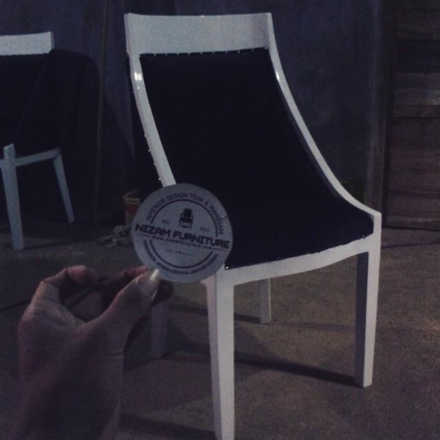 kursi makan1